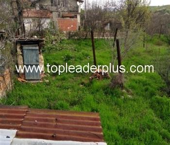 Продажба на селска къща на 15 км от гр. Сандански
