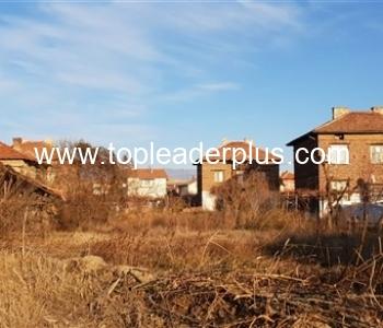 Продажба на парцел в село на 5 км от град Сандански