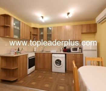 Апартамент за нощувки в нова сграда в слънчевия курорт Сандански