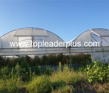 Продажба на атрактивен имот с оранжерии  в района на град Сандански