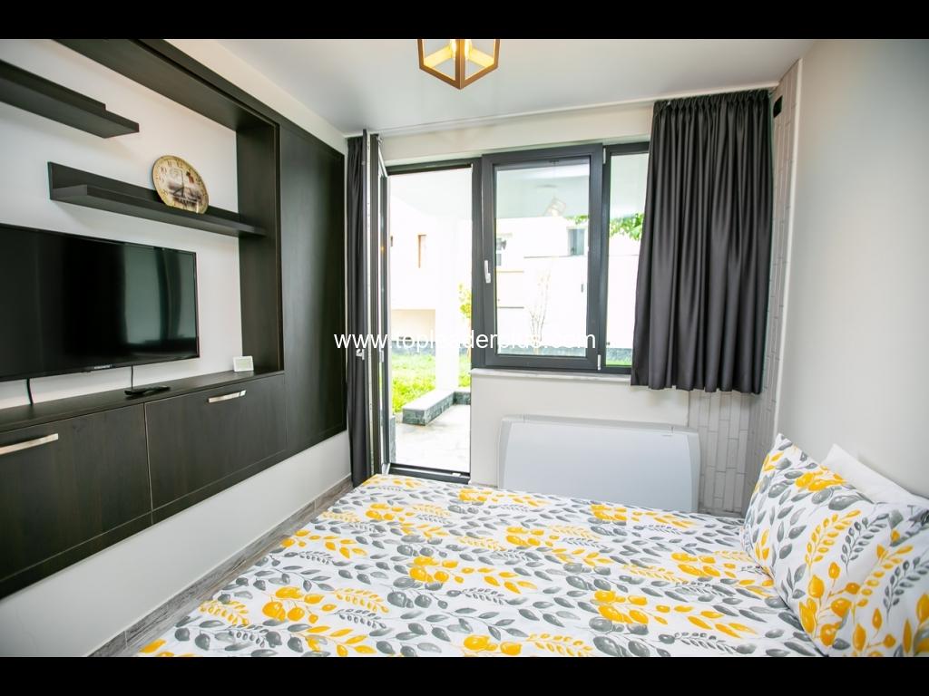 Студио за нощувки в слънчевия СПА курорт Сандански