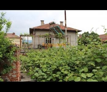Къща за продажба в град Кресна