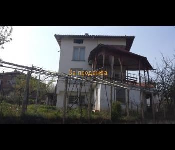 Продажба на къща в Мелнишкия район