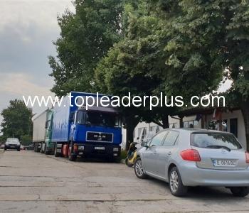 Производствена база под наем в град Петрич