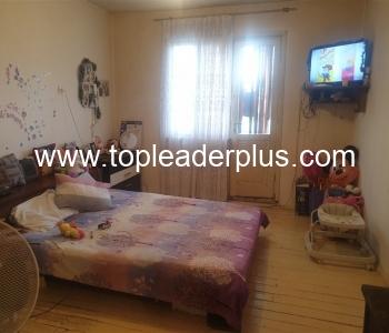 Продажба на етаж от къща в гр. Сандански