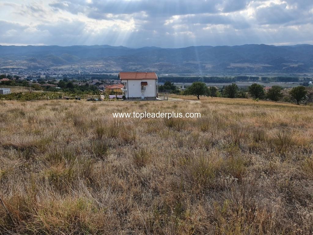 Продажба на 4 парцела в землището на с. Струмяни, община Сандански