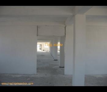 Промишлено помещение под наем в град Сандански